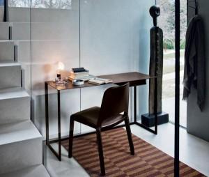 Calamo-desk-by-Gabriele-Rosa