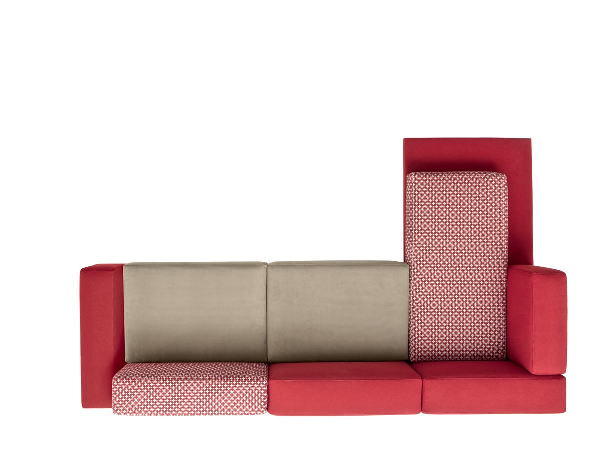 Under di doimo il divano su misura arredativo design magazine - Facciamo saltare i bulloni a questo divano ...