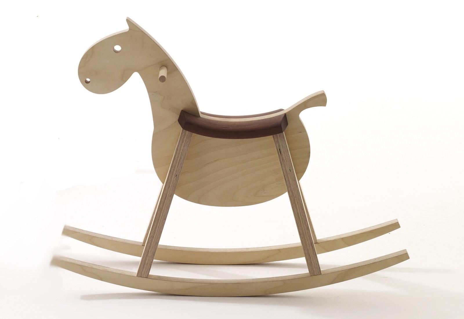Idee Design Siamo A Cavallo A Dondolo Arredativo Design Magazine