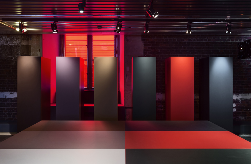 mus_e_des_arts_d_coratifs_unifor_lessless_color_jean_nouvel_design_photo_luc_boegly_lr
