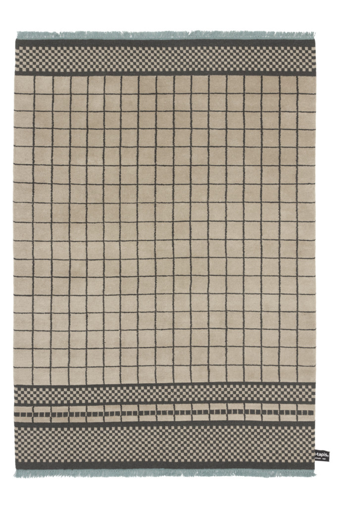 cc-tapis-QUADRO-CELESTE-#870-by-Studiopepe-beige---light-blue-fringes