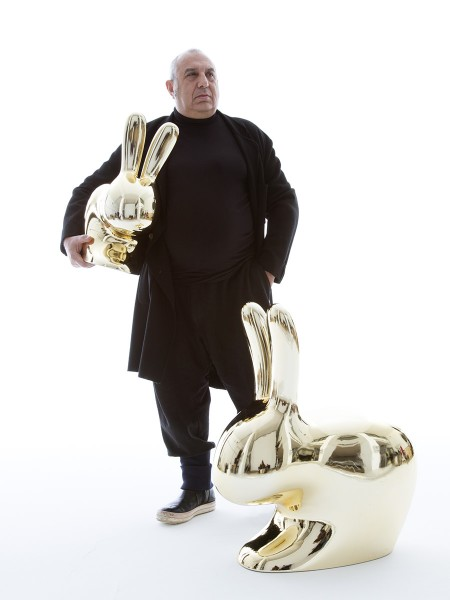 designer_page__Stefano_Giovannoni_with_Rabbit_Chair_Baby__Rabbit_Chair_by_Stefano_Giovannoni-450x600