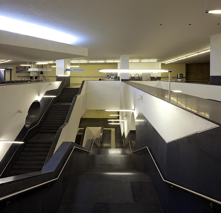 Metropolitana di Napoli - Stazione Municipio, Napoli Álvaro Siza, Eduardo Souto Moura e Tiago Figueiredo